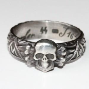 GERMAN SS Himmler TOTENKOPF silver ring