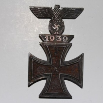 Iron cross 1914 1st Class With 1939 Eagle Clasp