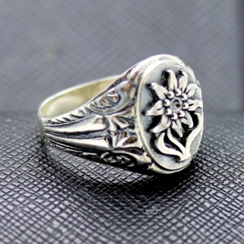 GERMAN RING EDELWEISS ALPEN DIVISION MILITARY silver