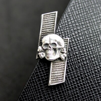 TOTENKOPF SS PANZER DIVISION STICKPIN