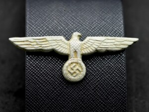 NAZI GERMAN EAGLE WITH SWASTIKA