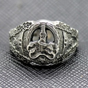 GERMAN ANTI PARTISAN BADGE RING WW2